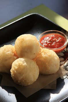 Molecular Vegan: Deep-Fried Ricotta Puffs by Jeff and Erin's pics, via Flickr  Also good for making grilled cheese sandwiches