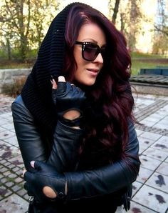 Dark brown/ red violet- would loooove to try this color!