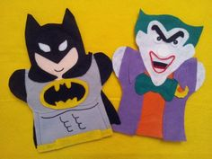 Batman and Joker hand puppets Puppets For Sale, Puppets For Kids, Puppet Crafts, Felt Crafts, Ribbon Crafts, Felt Finger Puppets, Hand Puppets, Projects For Kids, Sewing Projects