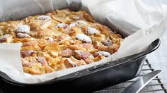 Havrekage med æbler fra Meyers Kager Baking Recipes, Cake Recipes, Danish Dessert, Tasty Dishes, No Bake Cake, Delicious Desserts, Macaroni And Cheese, Sweet Tooth, Muffins