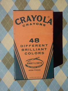 Check out this item in my Etsy shop https://www.etsy.com/listing/526576747/vintage-crayola-crayons-1960s-only