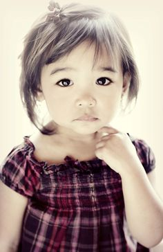 Those eyes!! I hope if I ever have a lil girl like her tht she's as beautiful