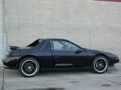 In 1988, Pontiac decided to combine the performance of the GT with the styling of the SE – essentially creating the Pontiac Fiero Formula. Description from pontiacfiero.wordpress.com. I searched for this on bing.com/images