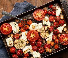Tomater är ett av de livsmedel som är rika på umami i sig själva. Umami som också kallas den femte grundsmaken och som ungefär kan översättas till delikat. Umami kan du också hitta i te x svamp och sjögräs.