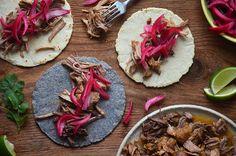 Kublanka vaří doma - Vepřové tacos s nakládanou cibulí