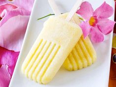 Popsicles with Alcohol: Dessert for Grown-Ups - iVillage Pina Colada Popsicles Everyone's favorite barefoot-on-a-beach drink is even better when it's frozen and on a stick. Get the recipe for Pina Colada Popsicles Frozen Desserts, Cold Desserts, Alcoholic Popsicles, Delicious Desserts, Dessert Recipes, Drink Recipes, Smoothie Recipes, Mantecaditos, Gourmet