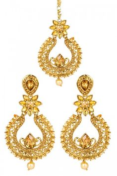Buy Latest Designer Indian Golden Color Jewelry Online at lowest price at Andaaz Fashion  http://www.andaazfashion.co.uk/jewellery/earrings/crystal-studded-jhumka-earrings-and-tika-80760.html