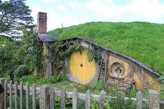 It reminds me of The Hobbit a little bit. It's so cute I would love to live in their.
