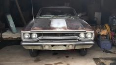 $11,000 Coyote Nemesis: 1970 Plymouth Road Runner - http://barnfinds.com/11000-coyote-nemesis-1970-plymouth-road-runner/