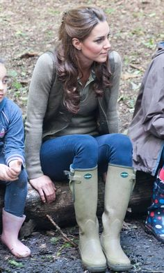 Kate Middleton, Duchess Of Cambridge, Wearing le Chameau Wellies At  A Primary School Camp In Kent, 2012