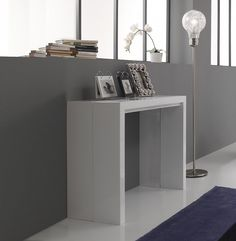 White gloss console/extending dining table New by Tomasucci