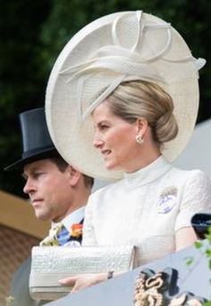 122 Best Countess of Wessex images | Countess, Lady louise windsor ...