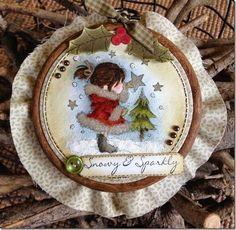 A Christmas hanging… (via Bloglovin.com )
