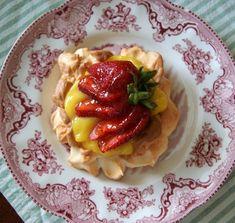 Strawberry Meringue