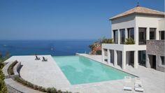 Einfach traumhaft gelegen über der Bucht von Soller - Jumeirah Port Soller Hotel & Spa  http://www.ewtc.de/Spanien/Mallorca/Hotel/Jumeirah-Port-Soller-Hotel-Spa.html#