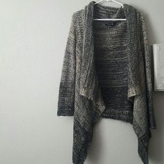 ombre openfront flowy cardigan only worn a few times. really good quality especially I ally for forever 21. Forever 21 Sweaters Cardigans