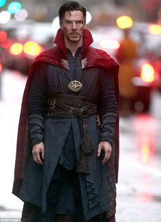 """Benedict Cumberbatch as Dr. Stephen Strange on the set of """"Doctor Strange"""" Benedict Cumberbatch, Marvel Characters, Marvel Movies, Dr Strange Costume, Cloak Of Levitation, Faces Film, Doctor Stranger Movie, Picture Of Doctor, Marvel Cinematic Universe"""
