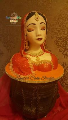 Indian bride - Incredible India Collaboration - cake by Santis Incredible India Posters, Amazing Photos, Cake Art, Art Cakes, Indian Cake, India Painting, Adult Birthday Cakes, India Culture, India People
