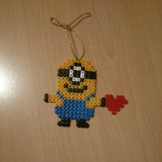 sandylandya.Minion in Love hama beads by annina_inwonderland