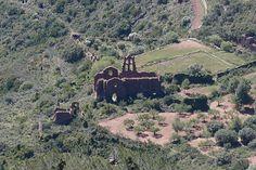 Una sencilla ruta circular para ir a visitar la cima del Bartolo, pico más alto y emblemático del parque natural Desert de les Palmes,provincia de Castellón