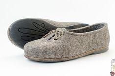 """Туфли женские из войлока """"Джесс"""" – купить в интернет-магазине на Ярмарке Мастеров с доставкой Felt Boots, Baby Shoes, Sneakers, Clothes, Fashion, Tennis, Outfits, Moda, Slippers"""