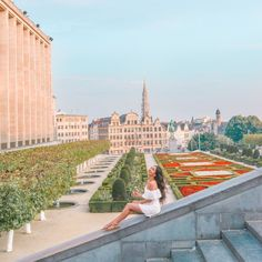 he Mont des Arts is the perfect spot for a day of relaxation or just enjoy a summer day with friends The Places Youll Go, Places To Go, April Vacation, Travel Around The World, Around The Worlds, Amsterdam, The Mont, European Summer, Austria Travel