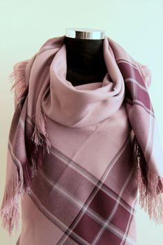 Gray Purple Blanket  Scarf Winter fashion Blanket by DroppBy #scarf #blanketscarf #squarescarf #vinteraccessories #women #fashion #pink #grey #wool