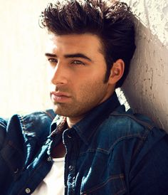 Dear God, please send me one that looks like him! thank you jencarlos canela. Camilla, Jan Carlos, Latino Men, Handsome Actors, Handsome Guys, Dani, Dream Guy, Attractive Men, Man Crush