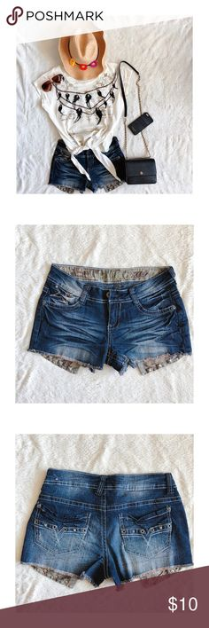 Jeans shorts with studded pockets - worn once for a shoot, like new  - juniors size 1, (I usually wear a small and it fits me fine) - Product color may slightly vary due to photographic lighting sources or your monitor settings  - Do accept offers  - No returns Jeans