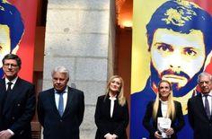 Noticias Sigatoka Venezuela: Mario Vargas Llosa presenta libro de Leopoldo Lópe...