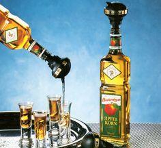 2 cl genau ausschenken, ohne erneutes Umschwenken der Flasche. ENGOLIT Spirituosen Portionierer Volum-Matic. Bar selber bauen. #getränkespender #whisky #spender #alkoholspender