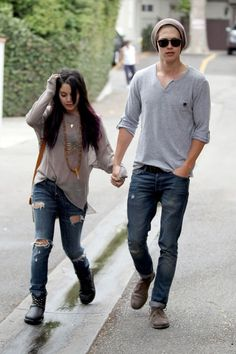 Vanessa Hudgens - Vanessa Hudgens and Austin Butler Out Together