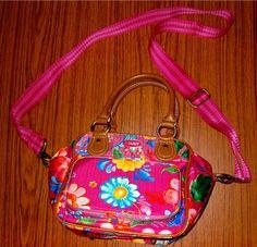 Oilily Tasche Blumenmuster mit Schulterriemen !  Schnäppchen-Preis jetzt zuschlagen !  Schnäppchen-Preis jetzt zuschlagen !
