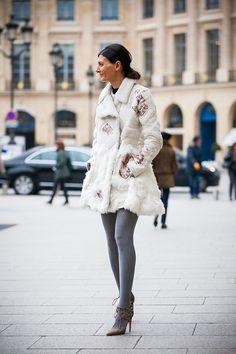 Джованна Батталья на неделе моды в Париже