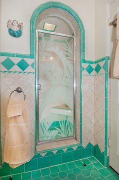 Restoring a Spanish House - Restoration & Design for the Vintage House Art Deco Tiles, Art Deco Bathroom, Boho Bathroom, Bathroom Ideas, Art Deco Hotel, Spanish Style Homes, Spanish House, Spanish Art, Spanish Revival
