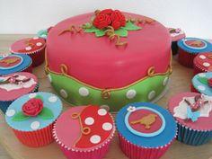 Combinatie van Oilily en Pip Studio in een taart en cupcakes
