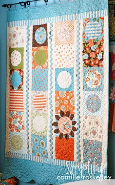 Love the use of ricrac! Camille Roskelley is an amazing quilter!!! Isn't this one cute?