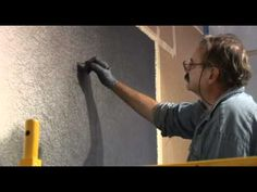 Sol LeWitt's wall drawing at Pace back in 2007. Cool video for a very cool artist.