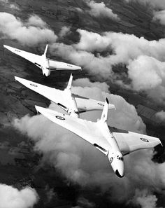"""breakerman: """" militaryimages: """" British Vulcan bombers from RAF Waddington flying in formation with Anti-Flash White in (Source) """" Beautiful shot of the classic Avro Vulcan - three aircraft line. Military Jets, Military Aircraft, Fighter Aircraft, Fighter Jets, Bristol Beaufighter, Anti Flash, V Force, Avro Vulcan, Drones"""