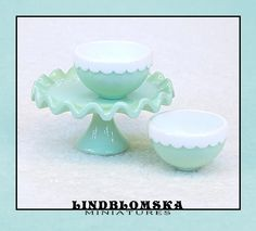 Frill Edge Cake Stand in Whipped Cream Miniature by Lindblomska Whipped Cream, No Frills, Dollhouse Miniatures, I Shop, Scale, Bubbles, Handmade, Weighing Scale, Hand Made