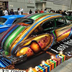 "JDM lowrider in Japan with custom paint job. They've embraced the ""Chicano""… Lowrider, Custom Paint Jobs, Custom Cars, Us Cars, Love Car, Car Painting, Chicano, Kustom, Oeuvre D'art"