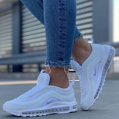 Nike Air Max 97 Source by sneakerando Shoes White Nike Shoes, Nike Air Shoes, White Nikes, Cool Nike Shoes, Nike Socks, Nike Shoes Outfits, Dr Shoes, Hype Shoes, Cute Sneakers