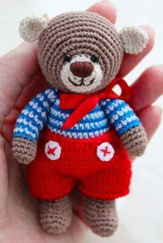 Cute Bears Crochet Author-Leila Shamsetdinova Dial 8 loops in the Amigurumi ring 2 r Crochet Amigurumi, Crochet Teddy, Crochet Bear, Cute Crochet, Amigurumi Patterns, Amigurumi Doll, Crochet Dolls, Crochet Patterns, Bear Patterns