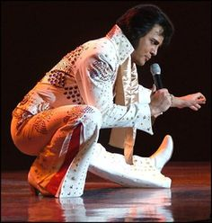 Elvis Week continues with surprise visit and a live concert Rock And Roll, Burning Love, Surprise Visit, My Favorite Music, Favorite Things, Elvis Presley Photos, King Of Music, Celebs, Celebrities