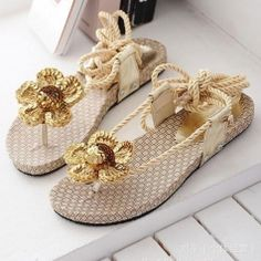Glittering Floral Decorated Ankle Strap Knitted Sandals