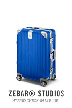 Two of the most advanced materials in the world elegantly combined: The ZEBAR Hybrid Check-in M in BLUE uses German technology to combine the resistance of our unique aluminum-magnesium alloy with the high quality of the light material polycarbonate, making it the ideal companion for a whole Life while traveling. Highly functional and perfectly suited as checked baggage: the comfortable, medium-sized trolley offers you plenty of storage space for trips of up to 5 days. Air France, Business Trolley, Baggage, Storage Spaces, Suitcase, Studio, Life, Beige