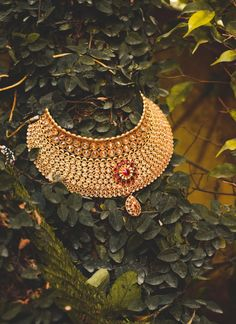 """Photo from album """"Wedding photography"""" posted by photographer Memoreels Gold Jewellery Design, Gold Jewelry, Lehenga Wedding, Wedding Preparation, Mehendi, Gold Chains, Wedding Blog, Wedding Jewelry, Real Weddings"""