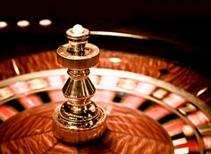 ストックフォト : Casino roulette in motion