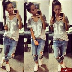 Varsity Tee. Boyfriend Jeans. Sneakers Outfit. Sporty Outfit. Urban Fashion. Urban Outfit. Hip Hop Style. Swag. Dope