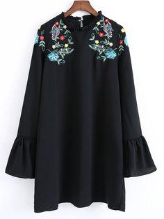 Zara kleid schwarz mit ruschen